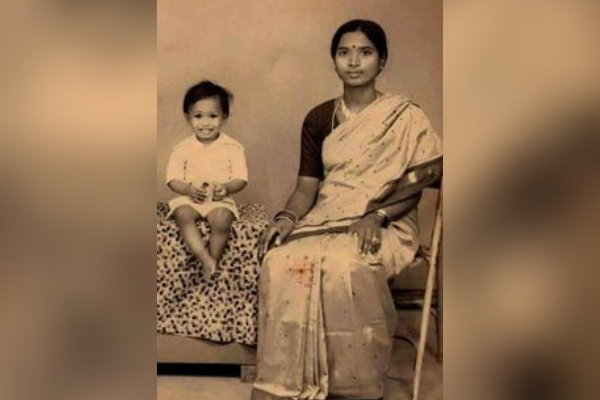 No, This Is Not A Childhood Photo Of Narendra Modi With His Mother